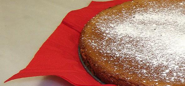 Torta de améndoas, cacao e aceite de oliva